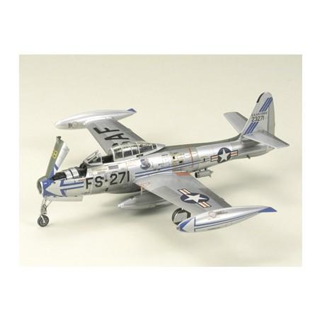 KIT TAMIYA 1/72 AIRCRAFT REPUBLIC F-84G THUNDERJET 60745